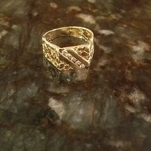 Jewelry - 14K GOLD NUGGET AND DIAMOND RING